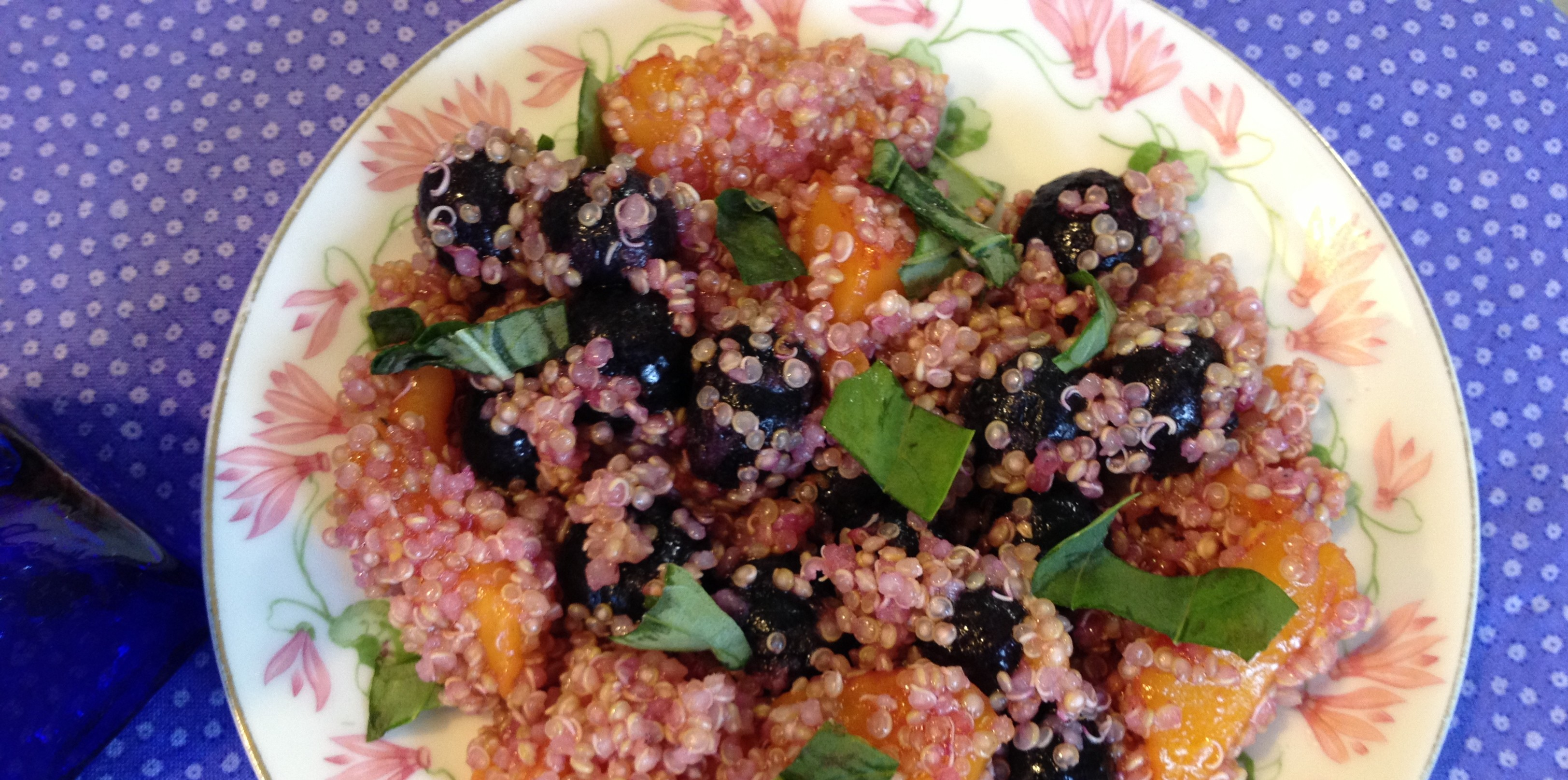 Quinoa Salad with Blueberries and Mango's